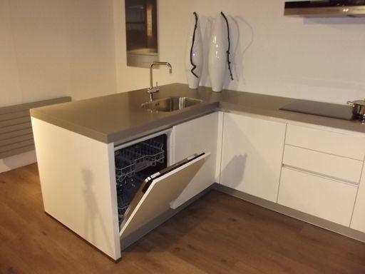 Keuken Met Schiereiland : Moderne Keuken Met Schiereiland : Keuken schiereiland