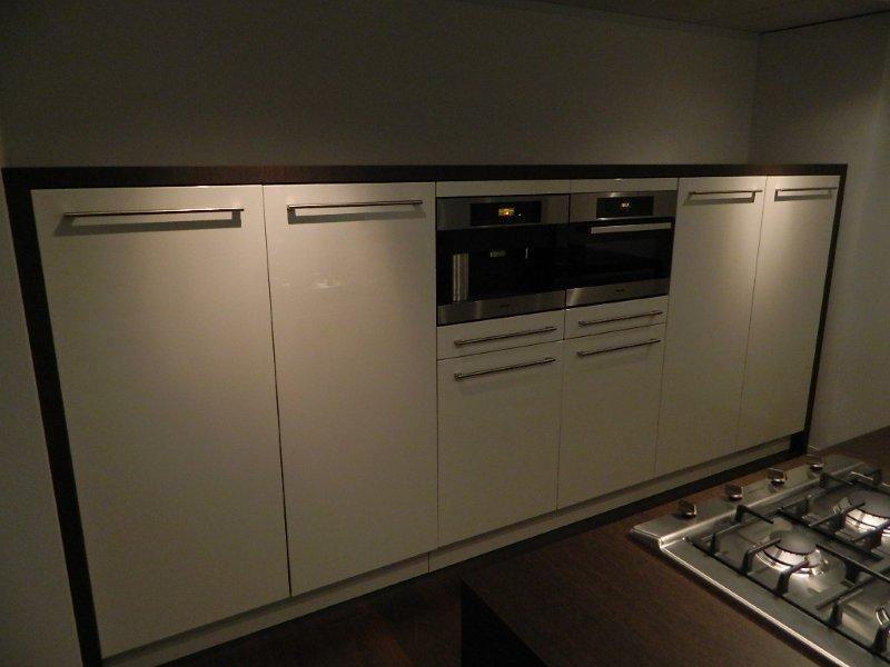 Keukens Van Miele : Showroomuitverkoop nl MIELE KEUKEN [48171]