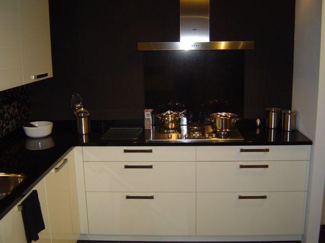 Witte Keuken Met Zwart Werkblad : .nl