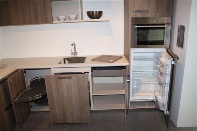 Compacte Design Keuken : VOOR MEENEEM PRIJS !!! Keuken heeft eenmalig op een beurs gestaan
