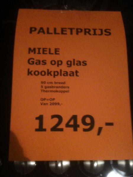 Showroomuitverkoop nl     Miele gas op glas kookplaat [48507]