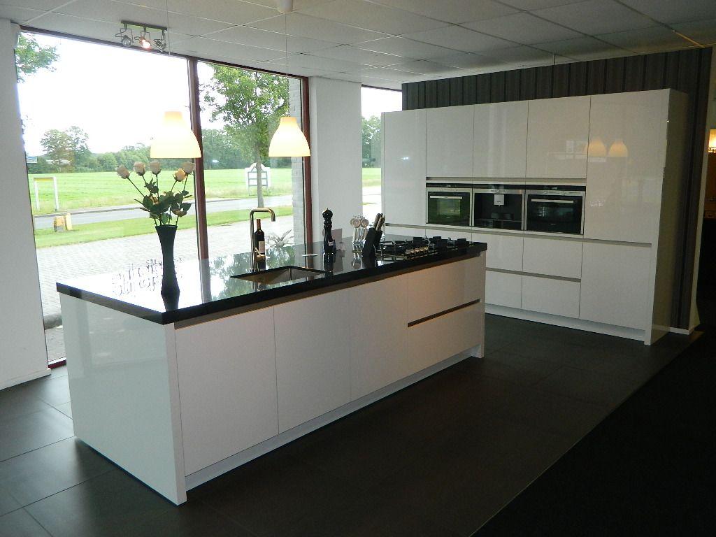 Indeling Keuken Kookeiland : Showroomuitverkoop.nl