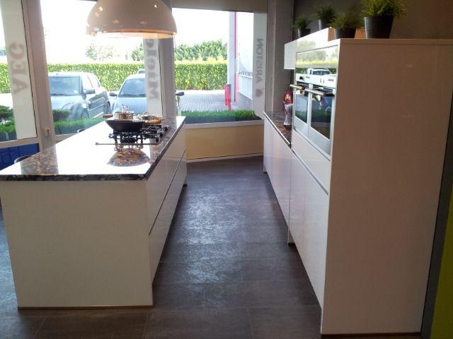 Hoogglans lak lux in wit 47999 - Keuken witte lak ...