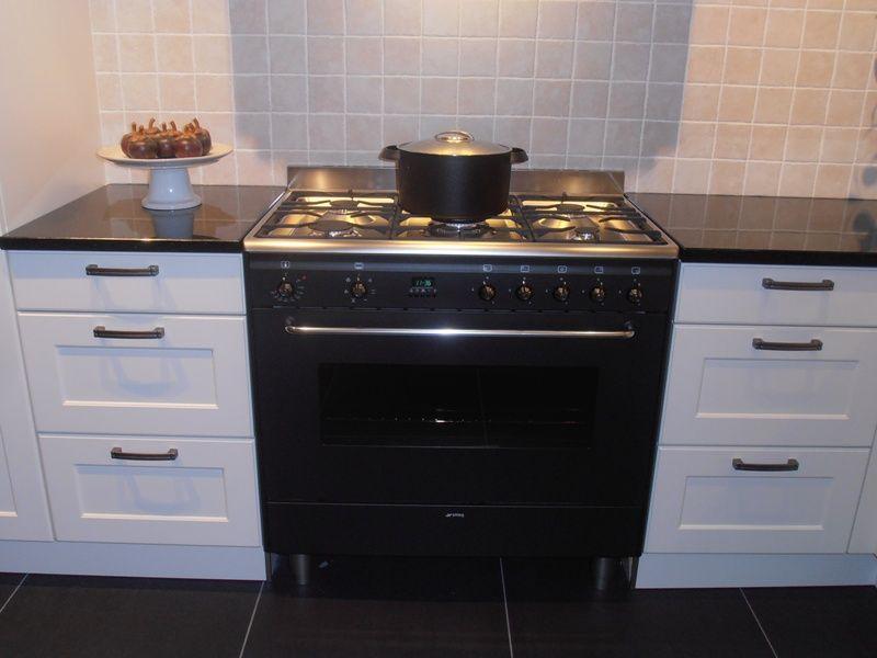 Landelijke keuken in kleur magnolia mat 50425 - Keuken kleur ...