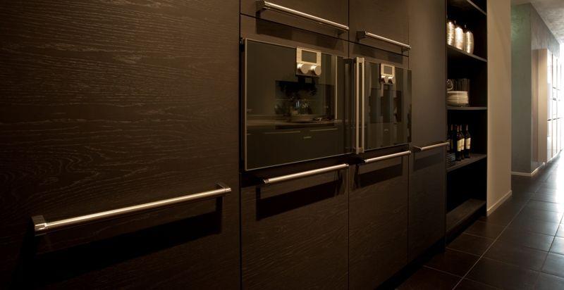 Keuken Met Eiland Te Koop : Een ruime eilandkeuken voorzien van luxe gaggenau apparatuur.