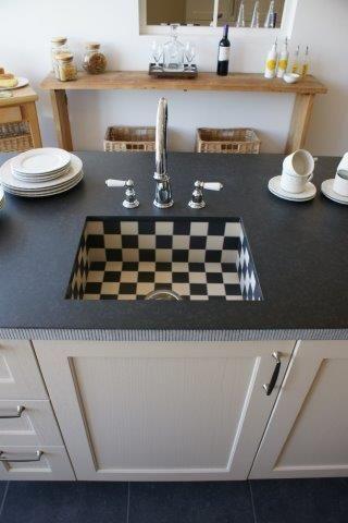 Landhuis keuken f 47058 for Keuken landhuis