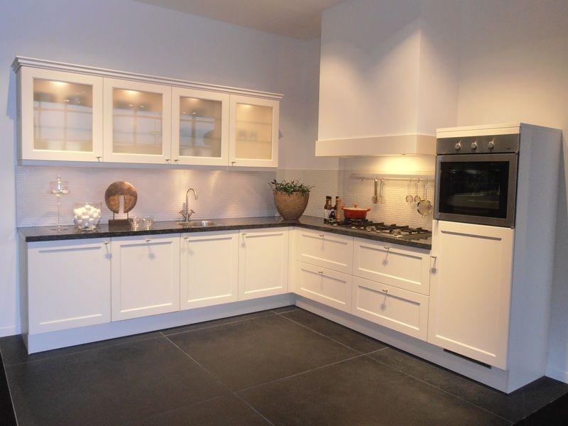 ... .nl : : Landelijke keuken in de kleur magnolia [46100