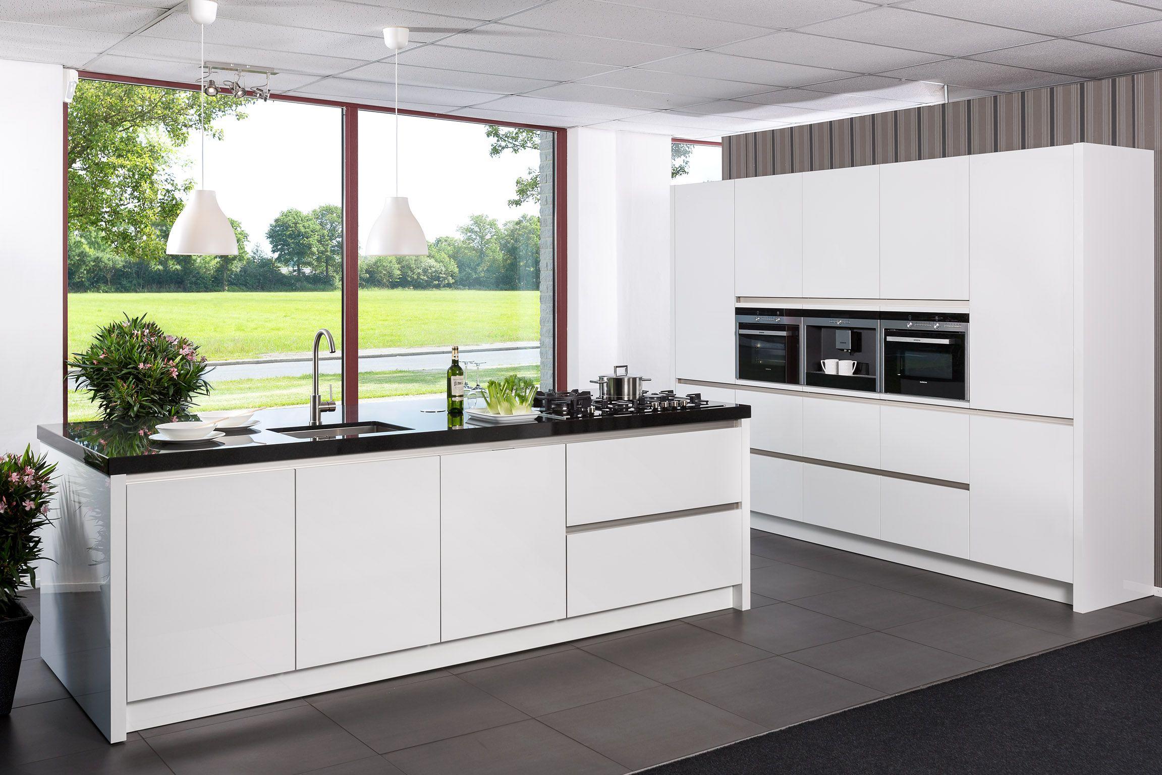 Design Keuken Greeploos : Showroomuitverkoop.nl greeploze siemens keuken [52869]