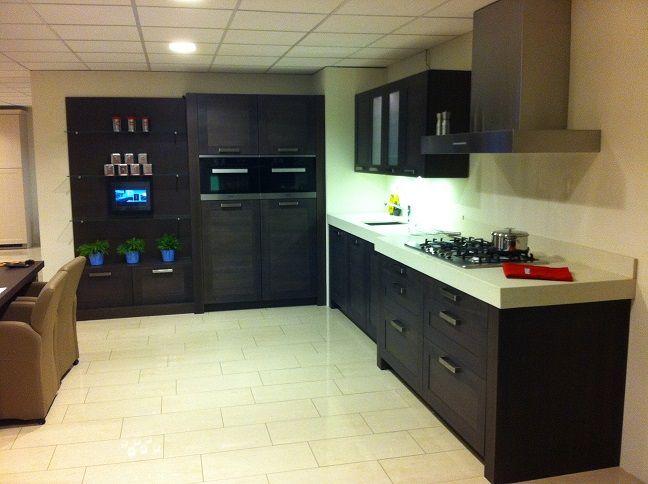 Kastenwand Keuken Showroom : beckermann keuken met losse kastenwand 54235 afmetingen keuken 373 cm