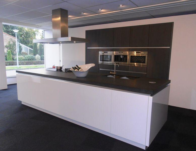 Greeploze Keuken Hoogglans Wit : ... .nl Greeploze eilandkeuken in wit ...