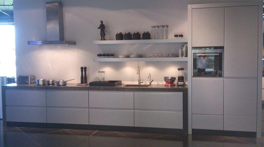 Greeploze Keukens Aanbieding : Showroomuitverkoop nl Handgemaakte greeploze keuken