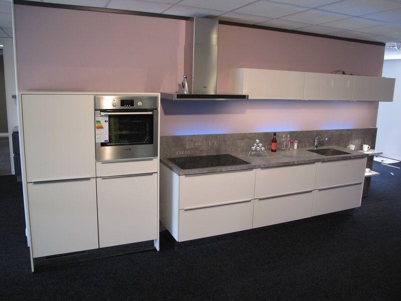Design Keuken Greeploos : Showroomuitverkoop.nl semi greeploze design keuken [55026]