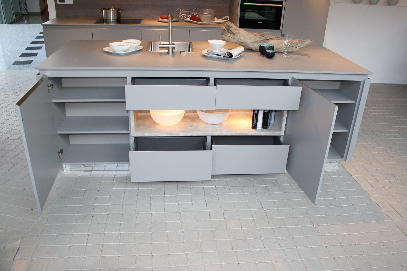Moderne eiland keuken 1 5 51019 - Tafel centraal eiland ...