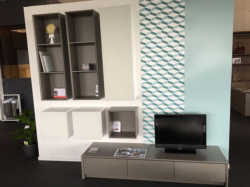 Meubel Showroom Uitverkoop : Showroomuitverkoop calligaris compleet wand en tv meubel