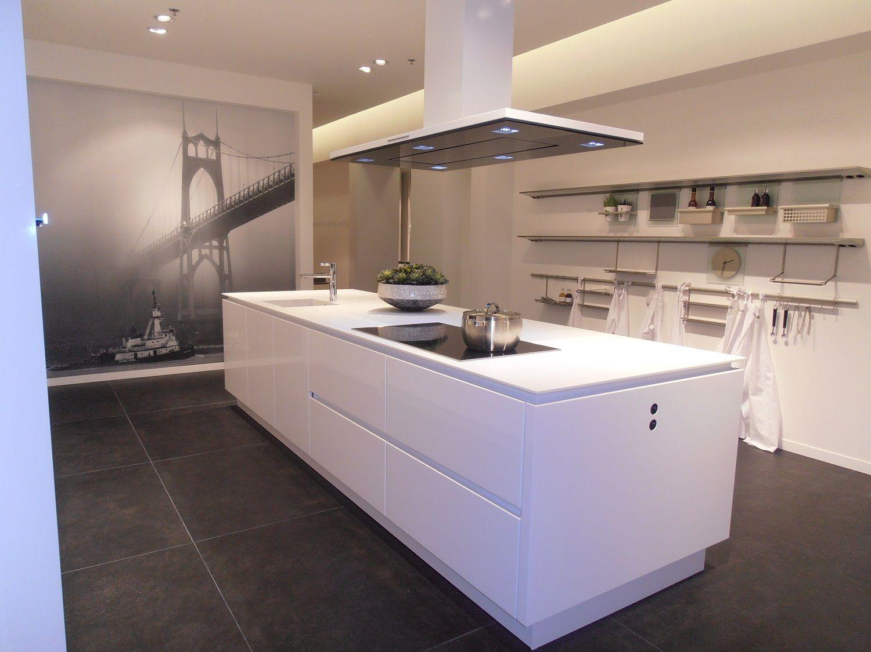 Keukens Met Miele Apparatuur : Showroomuitverkoop nl Greeploze SieMatic keuken met