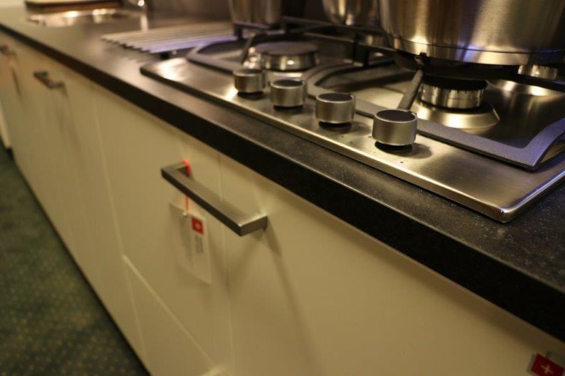 Moderne gelakte keuken 58028 - Model keuken wit gelakt ...