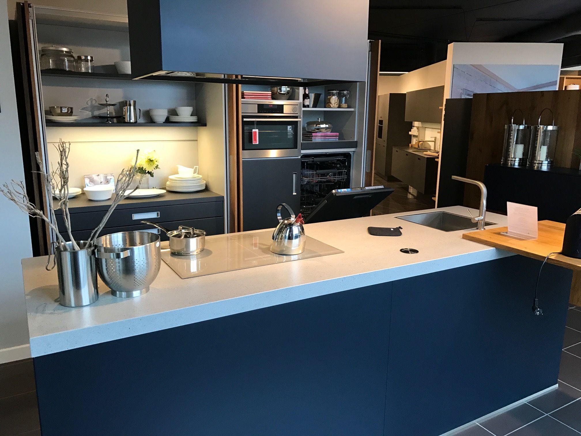 sch ller next 125 nx500 nx650 57068. Black Bedroom Furniture Sets. Home Design Ideas